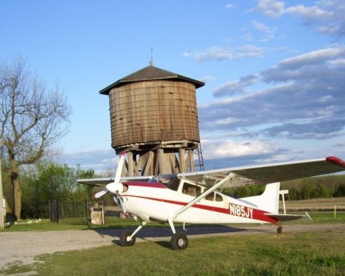 plane-watertower-500-500x400
